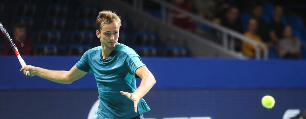 Medvedev leaves no chance to Lajovic