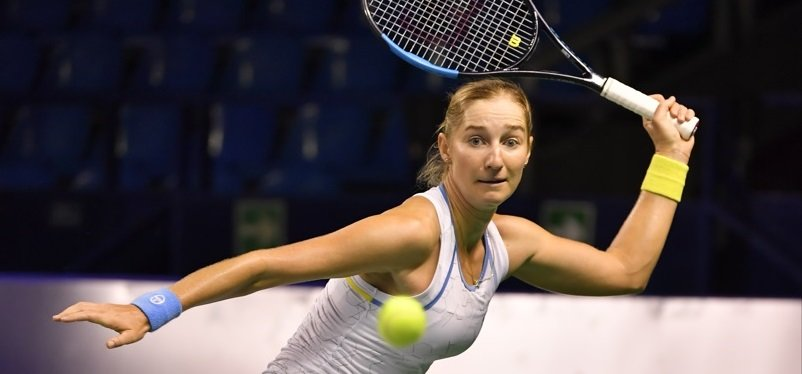 Jabeur sends Makarova packing